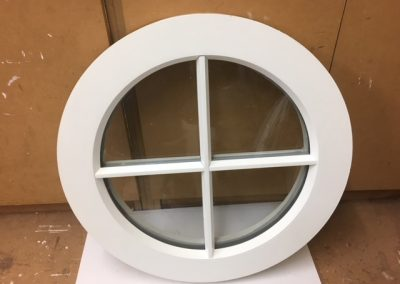 Fixed Round Window